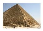 Foto a grande pirâmide de Cheops em Gizeh