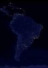 Foto a terra a noite - áreas urbanizadas na América do Sul