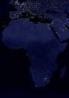 Foto a terra a noite - áreas urbanizadas na África