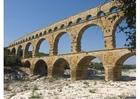 Foto aqueduto romano de Nimes, França