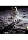Foto astronauta na lua