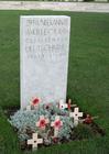 Foto cemitério Tyne Cot, túmulo do soldado alemão