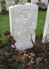 Foto cemitério Tyne Cot, túmulo do soldado judeu