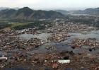 Foto cidade depois do tsunami