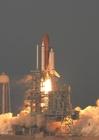 Foto decolagem do ônibus espacial