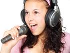 Foto microfone e fones de ouvido