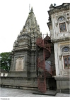 Foto parte traseira de templo