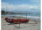 Foto pequeno barco pesqueiro, Indonésia