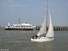 Foto pier com veleiro
